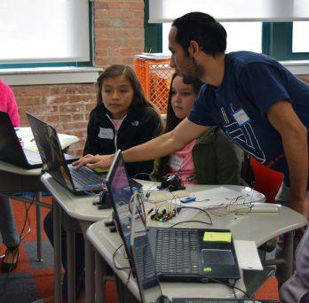 Student Teaching Kids