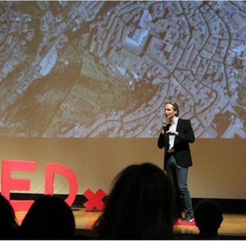 Professor Derrible doing TED talk