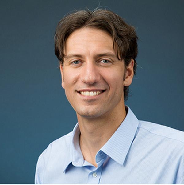 Professor Sean Vitousek