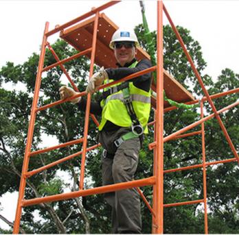 Robert Ryndak on a scaffold