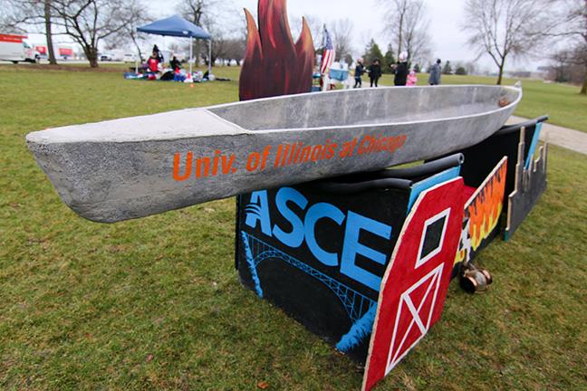 UIC's Concrete Canoe entry