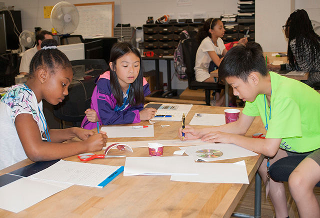 Students at Summer Engineering camp