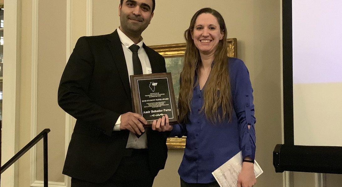 Amir Bahador Parsa receives award plaque