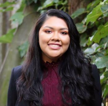 MIE student Daisy Cueto received the SHPE Technical Achievement and Recognition (STAR) award